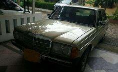 Mercedes-Benz 200 2.0 Manual 1982 harga murah