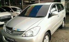 Toyota Kijang Innova 2010 dijual