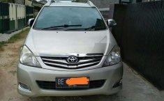 Toyota Kijang Innova V 2010 harga murah