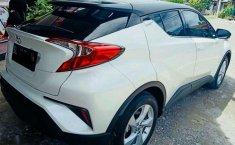 Toyota C-HR  2019 Putih