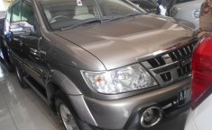 Jual Isuzu Panther GRAND TOURING 2013