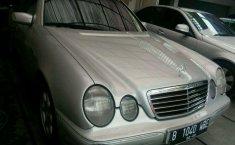 Jual Mobil Mercedes-Benz E-Class E 240 2000