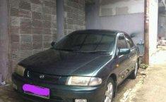 1998 Mazda Familia dijual