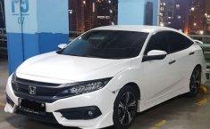Honda Civic ES 2018 Putih
