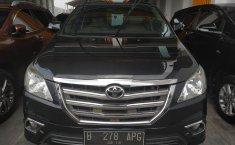Jual mobil Toyota Kijang Innova V 2014