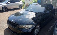 Jual Mobil BMW 3 Series 325i 2005