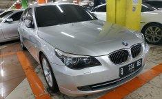 Jual mobil BMW 5 Series 523i 2010