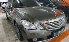 Jual mobil Mercedes-Benz E-Class 250 CGI 2010