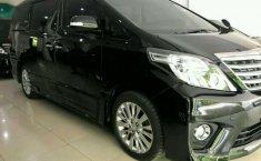 Toyota Alphard 2013 terbaik