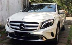 Mercedes-Benz GLA (200) 2015 kondisi terawat