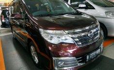 Jual mobil Nissan Serena Highway Star 2017