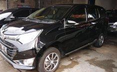 Jual mobil Daihatsu Sigra R Deluxe Automatic 2017