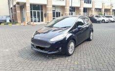 Jual mobil Ford Fiesta 1.5 NA 2014