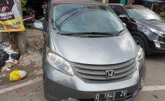 Jual Mobil Honda Freed SD 2011