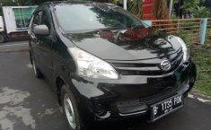 Jual mobil Daihatsu Xenia X 2012 Hitam