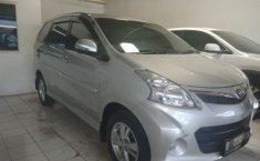 Toyota Avanza Veloz 2014 harga murah