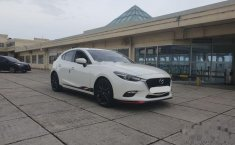Mazda 3  2017 Putih