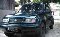 Jual Mobil Suzuki Escudo JLX 1995