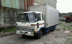 Nissan UD Truck () 1996 kondisi terawat