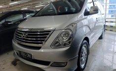 Jual mobil Hyundai H-1 XG 2011 Bensin