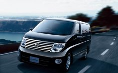 Review Nissan Elgrand Highway Star 2007