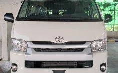 Jual Mobil Toyota Hiace High Grade Commuter 2019