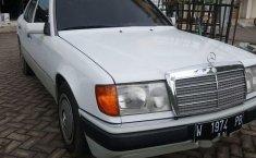 Mercedes-Benz 230E (W124) 1992 kondisi terawat