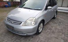 Jual Mobil Honda Stream 2.0 2003