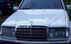 Mercedes-Benz 230E  1992 Putih