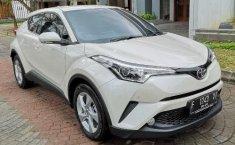 Jual Mobil Toyota C-HR 2018