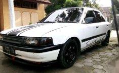 Mazda Interplay  1990 Putih