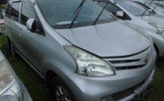 Jual Mobil Toyota Avanza E 2013