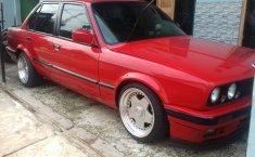 Jual Mobil 3 Series 318i 1990