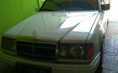 Mercedes-Benz 300E 1991 dijual