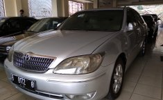 Jual Mobil Toyota Camry G 2004