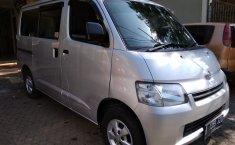 Jual Mobil Daihatsu Gran Max MPV 2012