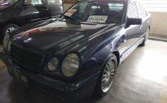 Jual Mobil Mercedes-Benz 230E 1997