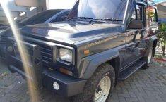 Daihatsu Taft Rocky 1993 Abu-abu