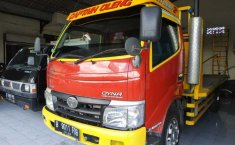 Jual Mobil Toyota Dyna Diesel Truck NA 2011