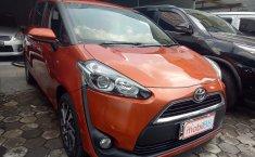 Jual Mobil Toyota Sienta V 2016