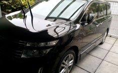 Jual Mobil Nissan Elgrand Highway Star 2012