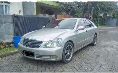 Toyota Crown 2005 terbaik