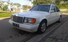 Mercedes-Benz 300E () 1986 kondisi terawat