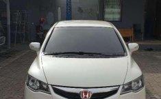 Honda Civic (2) 2010 kondisi terawat