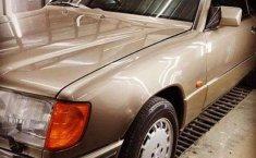 Mercedes-Benz 300E () 1989 kondisi terawat