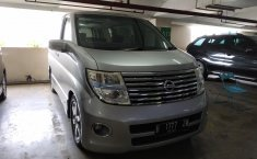 Jual Nissan Elgrand 2.5 AT 2006
