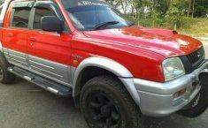 Mitsubishi L200 (Strada) 2001 kondisi terawat