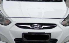 Hyundai Avega 2012 terbaik
