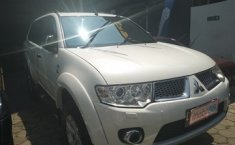 Jual mobil Mitsubishi Pajero Sport 2.5L Dakar 2012