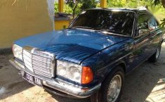 Mercedes-Benz 200 () 1986 kondisi terawat